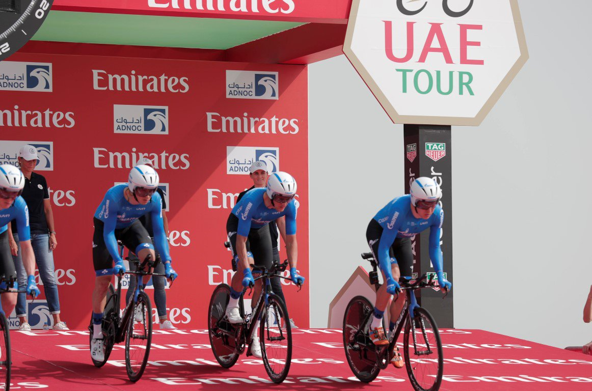 الهولندي جمبو فيسما بطل المرحلة الأولى في طواف الإمارات