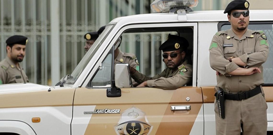 السعودية.. مقتل 3 من رجال الأمن في هجوم مسلح على نقطة تفتيش بعسير