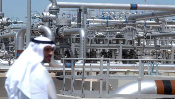 النفط يرتفع ومخاوف نقص الإمدادات تزيد قلق المستوردين
