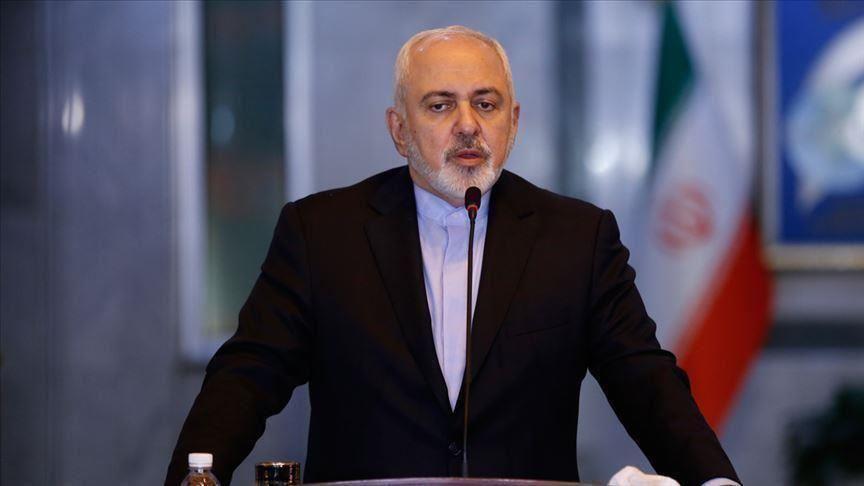 ظريف يقول إن بلاده لن تبدأ حرباً في الخليج لكنها ستدافع عن نفسها