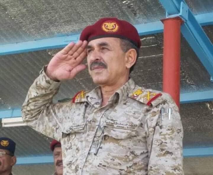 وفاة نائب رئيس هيئة الأركان اليمني متأثراً بجراحه في هجوم العند