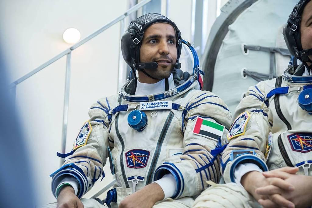 اليوم.. محطة الفضاء الدولية تستعد لاستقال أول رائد فضاء إماراتي