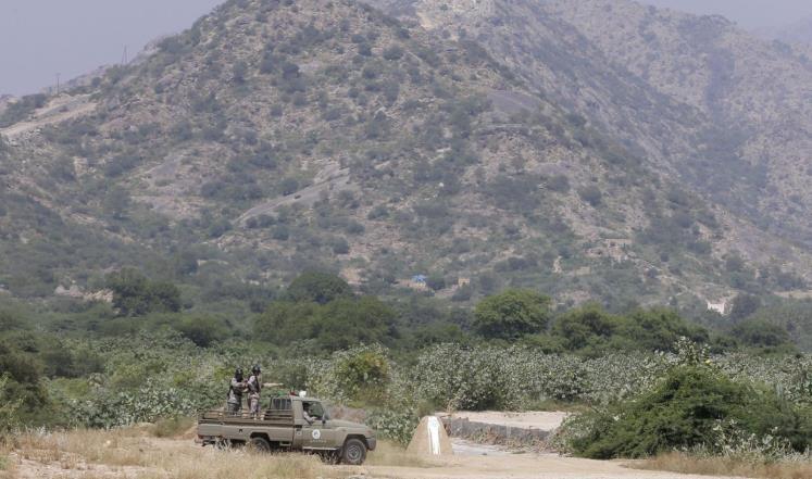 الحوثيون يقولون إنهم هاجموا جازان وقصفوا نجران