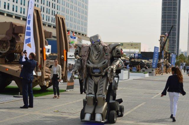 الإمارات توقع عقودا دفاعية بقيمة 20 مليار درهم خلال معرض آيدكس