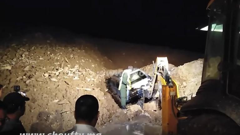المغرب.. مقتل 15 شخصا بانهيار أرضي في جبال أطلس