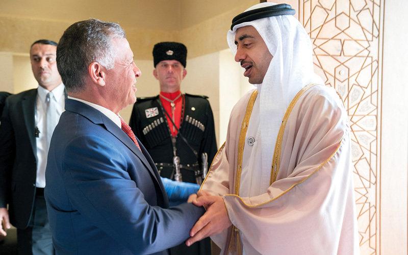 عبدالله بن زايد يلتقي عاهل الأردن والمملكة تجمد اتفاقية مهمة مع تركيا