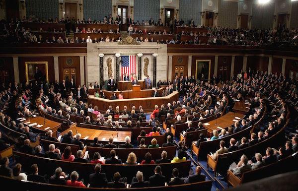 الكونجرس الأميركي يقر مشروع قانون السياسة الدفاعية بقيمة 716 مليار دولار