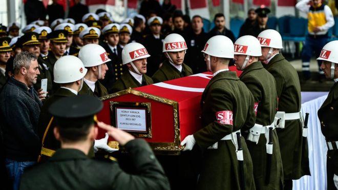 الجيش التركي يعلن مقتل 8 جنود في اشتباكات بمنطقة عفرين السورية