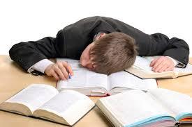 باحثون: ليلة واحدة بلا نوم تزيد من خطر الإصابة بالزهايمر