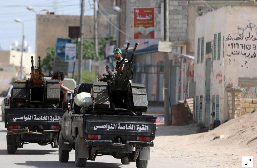 رويترز: قوات الحكومة الليبية تدفع مليشيات حفتر للتراجع جنوبي طرابلس