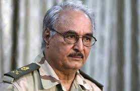 ليبيا.. حفتر يواجه دعوى قضائية في فرنسا بتهم التعذيب والوحشية