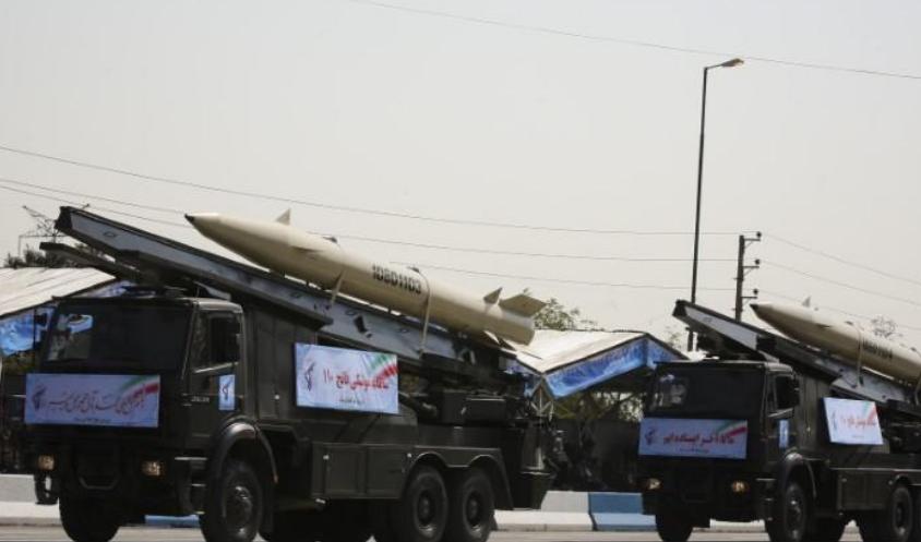 إيران تنقل صواريخ للعراق تحذيرا لأعدائها.. ودول الخليج تعرب عن قلقها