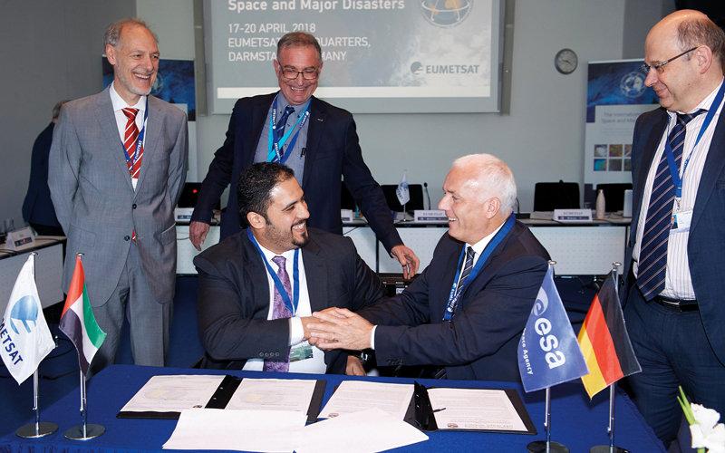 الإمارات توقّع رسمياً على «الميثاق الدولي للفضاء والكوارث»