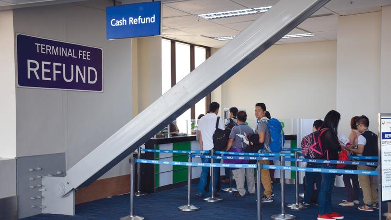 «القيمة المضافة» خارج الدولة على رسم استخدام بطاقة الائتمان لا «المشتريات»