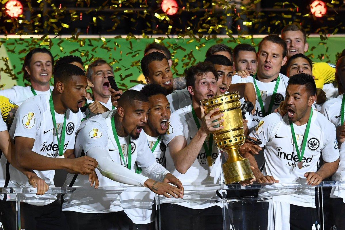 فرانكفورت يُفاجئ بايرن ميونيخ ويُتوّج بطلاً لكأس ألمانيا