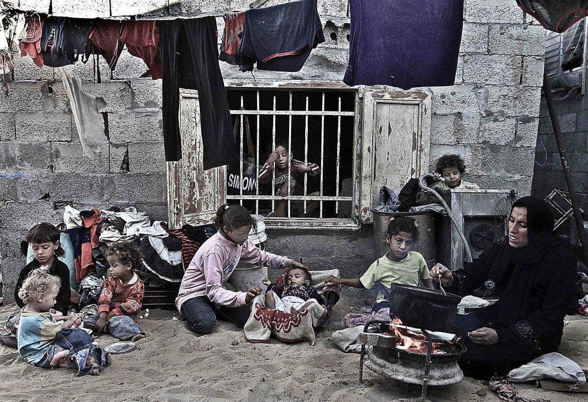 الغارديان: إسرائيل حولت غزة إلى أكبر سجن في العالم