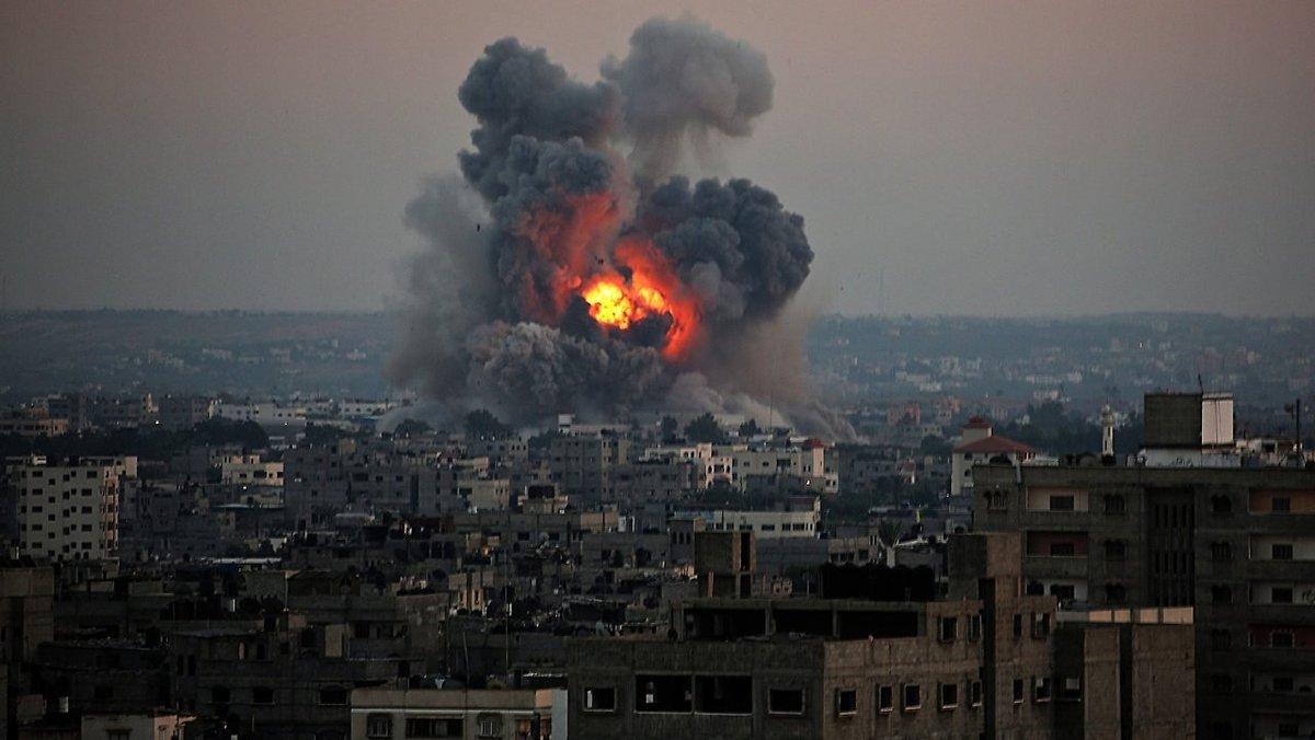 استشهاد فلسطيني وإصابة 3 آخريين في قصف إسرائيلي عنيف على غزة