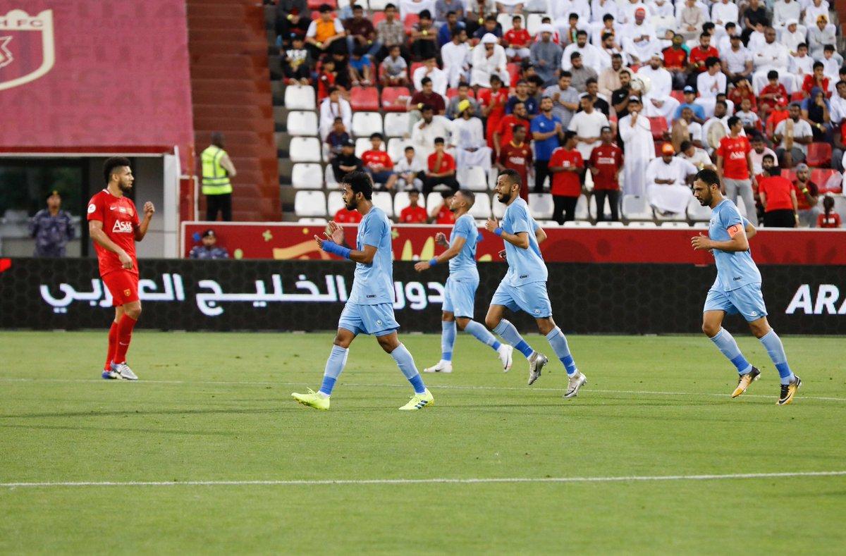 دبا يشعل معركة الهروب من الهبوط بفوزه على الفجيرة 2-1