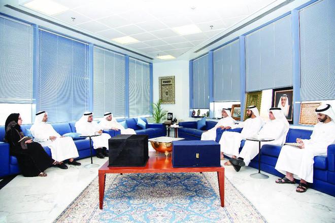 سفير الدولة لدى الرياض يستعرض مع السعودية الفرص بين البلدين