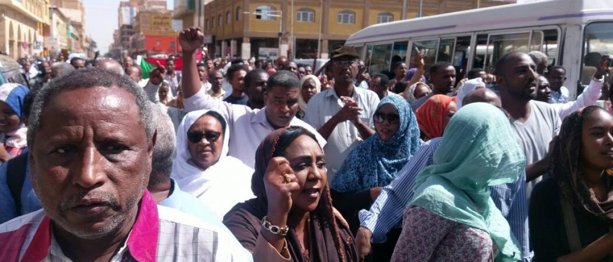 احتجاجات السودان تتوسع إلى دارفور