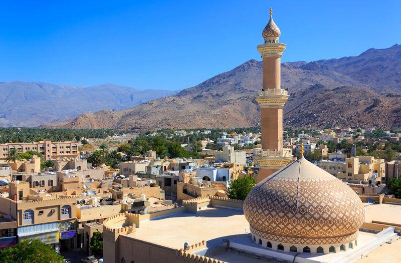 سلطنة عمان أول دولة عربية تحدد موعد شهر رمضان بالفلك