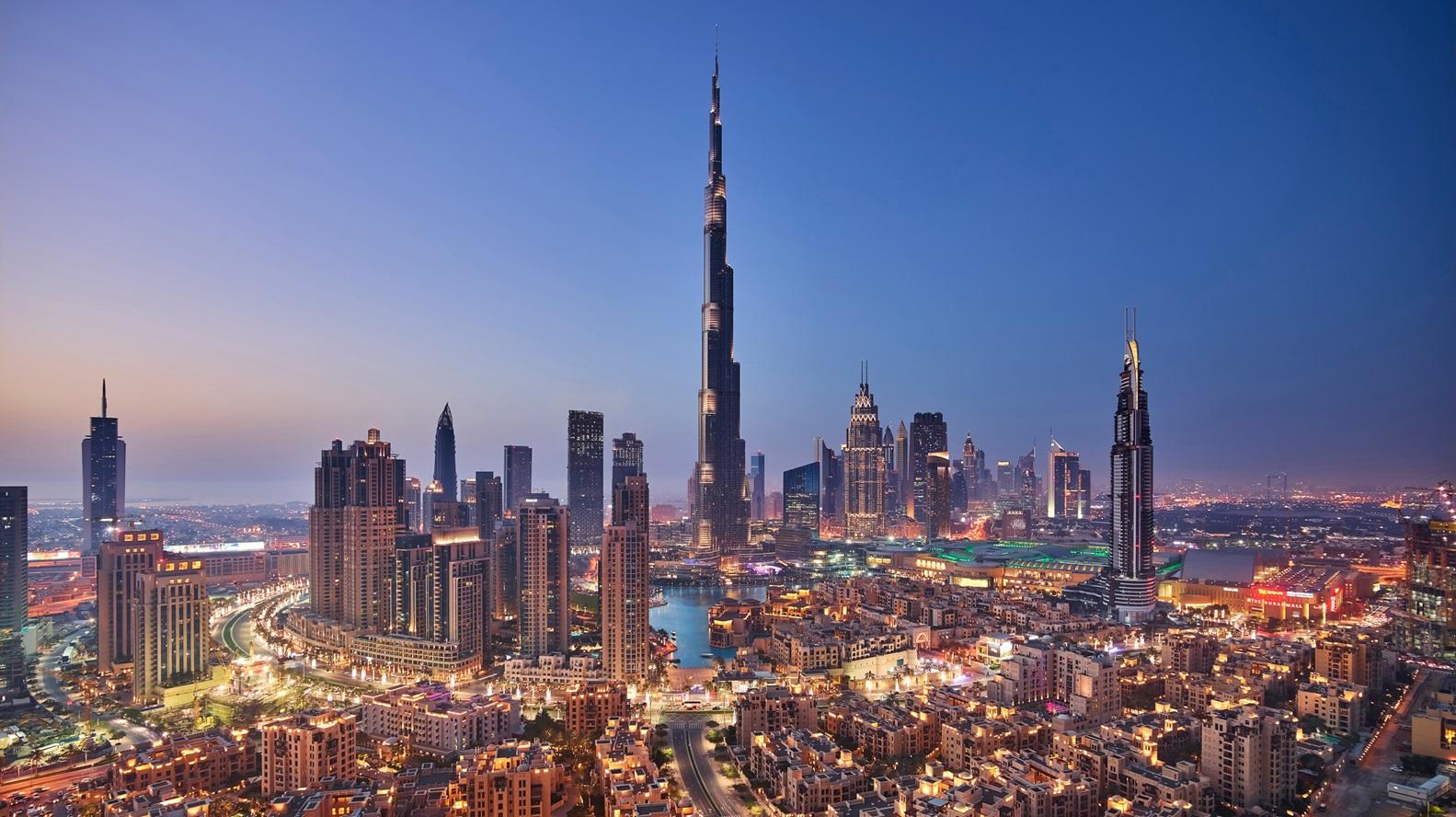 حمدان بن محمد: «خط دبي للحرير» تطور نوعي يدعم النمو التجاري للإمارات