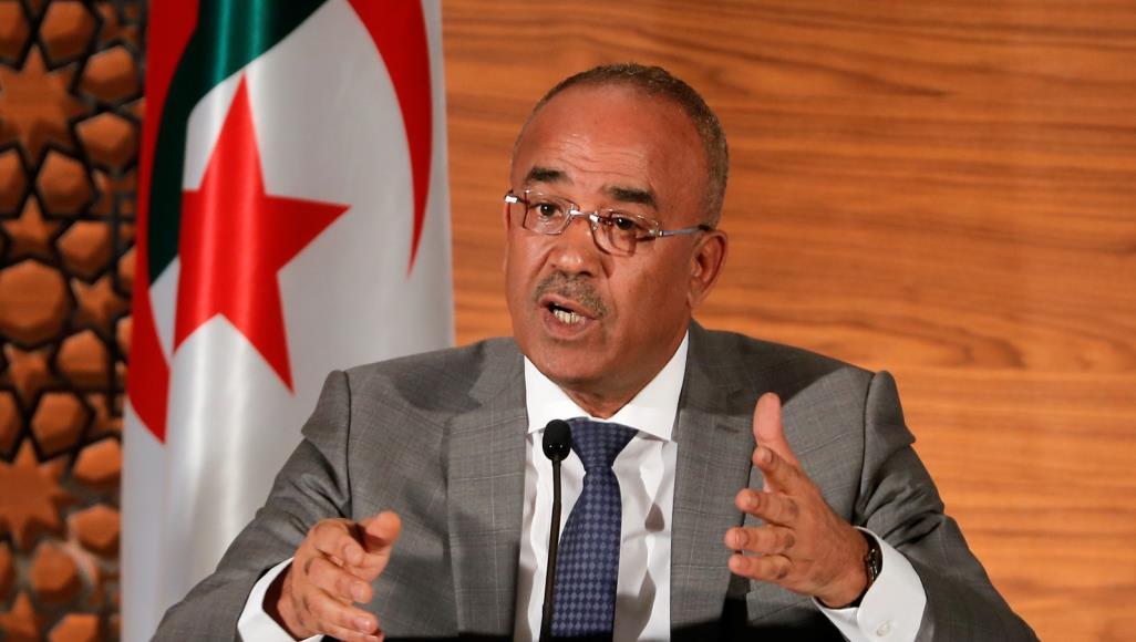 رئيس الوزراء الجزائري: حفتر لا يمثل شيئا أمام عظمة ليبيا