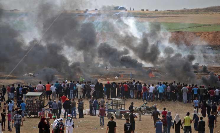 """إصابة عشرات الفلسطينيين مع بدء مواجهات مع الاحتلال شرق القطاع في """"يوم العبور"""""""