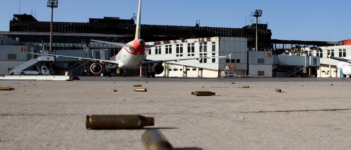 حكومة طرابلس: طائرات مسيرة إماراتية تستهدف مطار معيتيقة المدني