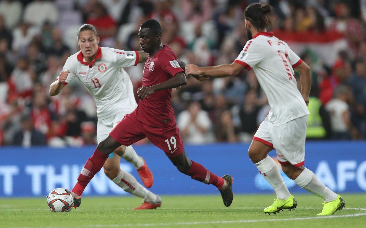 منتخب قطر يتغلب على لبنان بثنائية نظيفة في كأس آسيا19