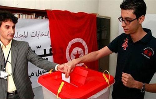 مراقبون أوروبيون: انتخابات تونس مهمة للمسار الديمقراطي