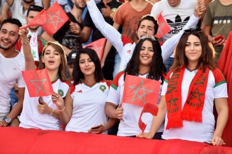 فيفا يطالب بالتوقف عن بث صور النساء خلال مباريات المونديال