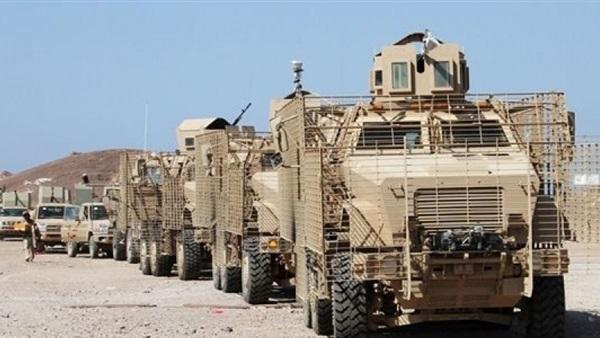 الجيش اليمني يطرد الحوثيين من مقار حكومية غربي البلاد