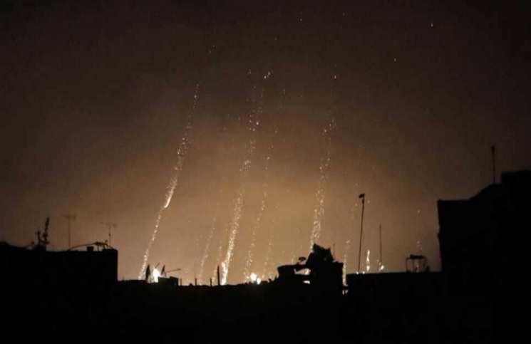 """قصف على مطار """"التيفور"""" العسكري وسط سوريا"""