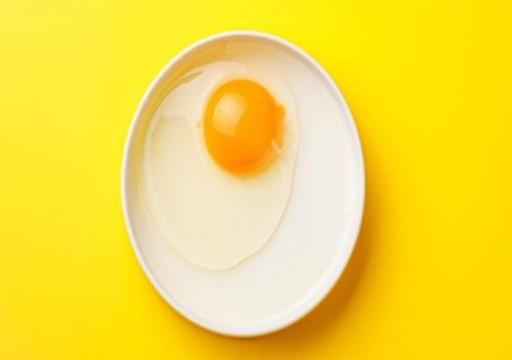 هل تناول البيض يسبب أمراض القلب أم يقي منها؟