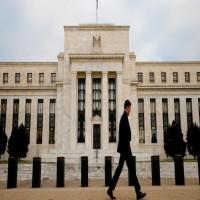 بسبب تراكم الديون.. استعدوا للأزمة المالية القادمة