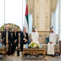 محمد بن زايد يستقبل المبعوث الخاص لوزارة الخارجية الأميركية