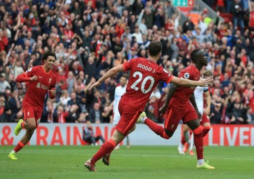 ليفربول يتجاوز بيرنلي بثنائية نظيفة في الدوري الإنجليزي