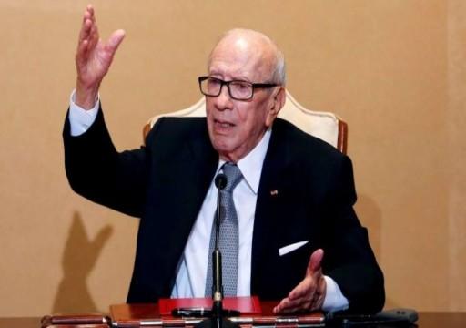 الرئيس التونسي يرفض الموافقة على التعديل ويتهم الشاهد بالتسرع.. واتحاد الشغل يستنكر