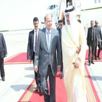 الرئيس اليمني يتوجه إلى أبوظبي بعد لقاء وزير الخارجية في مكة