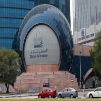 قطر تعلن توقيع اتفاقية مع أبوظبي لتشغيل حقل نفطي مشترك رغم الحصار