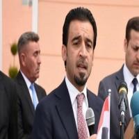 رئيس البرلمان الجديد بالعراق يصل الكويت في أول زيارة خارجية