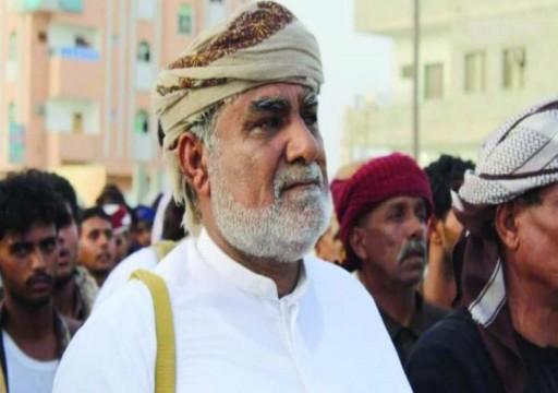 وكيل محافظة المهرة اليمنية يكشف أطماع أبوظبي في أرخبيل سقطرى