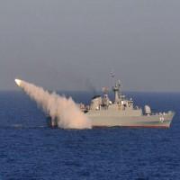 مناورات إيرانية عسكرية مشتركة مع سلطنة عمان