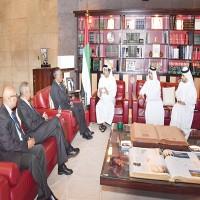 منصور بن زايد يبحث مع رئيس أرض الصومال العلاقات الثنائية