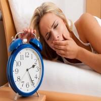 دراسة تربط بين الاستيقاظ المتأخر وعلاقته بالاكتئاب لدى النساء