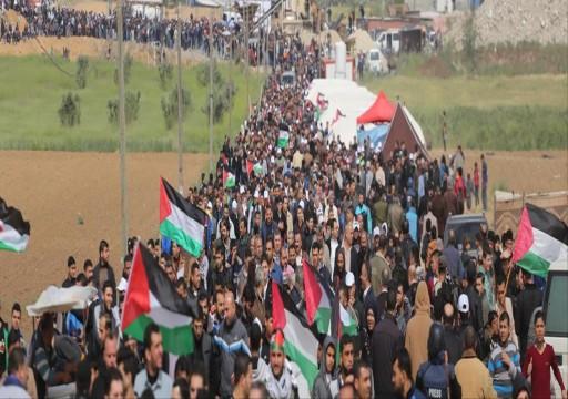 للمشاركة بـمسيرة العودة.. فلسطينيون يتوافدون نحو شواطئ شمالي غزة