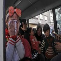 المرصد السوري: مقتل 15 طفلا احتموا بمدرسة في غارة جوية على الغوطة