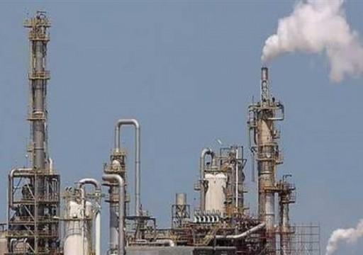 النفط يصعد 1% بفعل التفاؤل حيال اتفاق تجارة أمريكي صيني