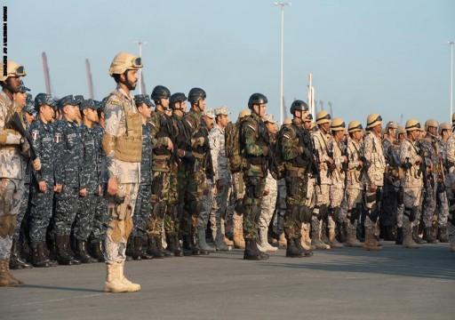 الإمارات ليست من بينها.. السعودية تطلق مناورات الموج الأحمر بمشاركة 6 دول
